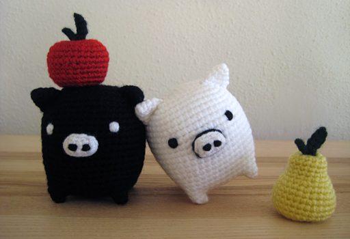 Monokuro Boo!! Cerdito amigurumi a crochet.