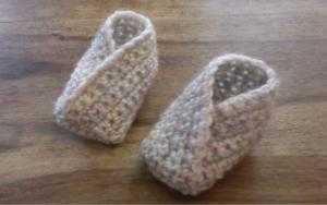 botitas cruzadas, patron crochet