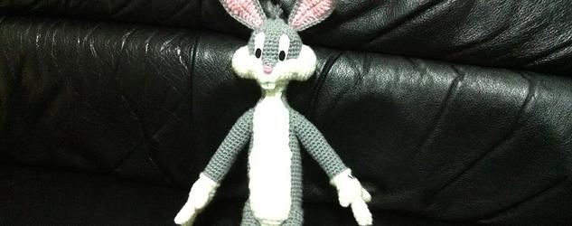 Hola a todos! aqui os dejo la traducción de este Bugs Bunny amigurumi original...
